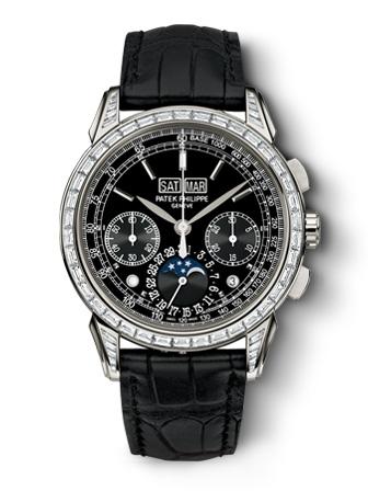 Perpetual Calendar Chronograph-Patek Philippe Ref.5271P